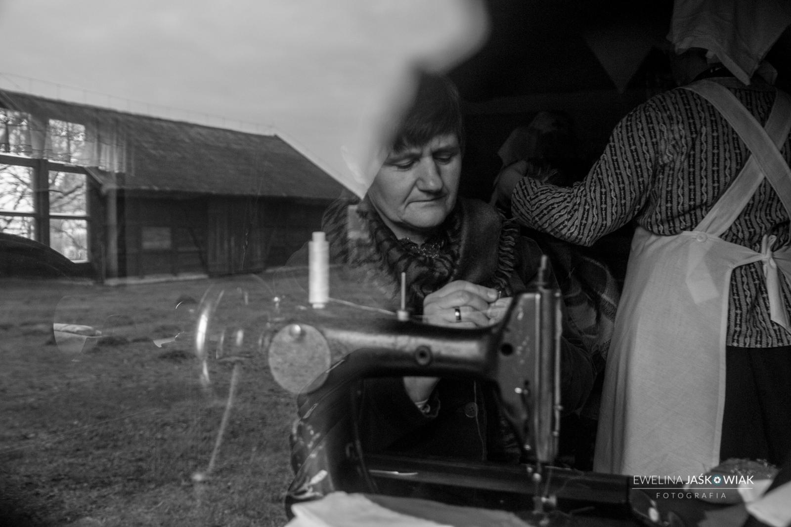 OBRAZY Z ŻYCIA POWSTAŃCÓW - inscenizacja w Dziekanowicach